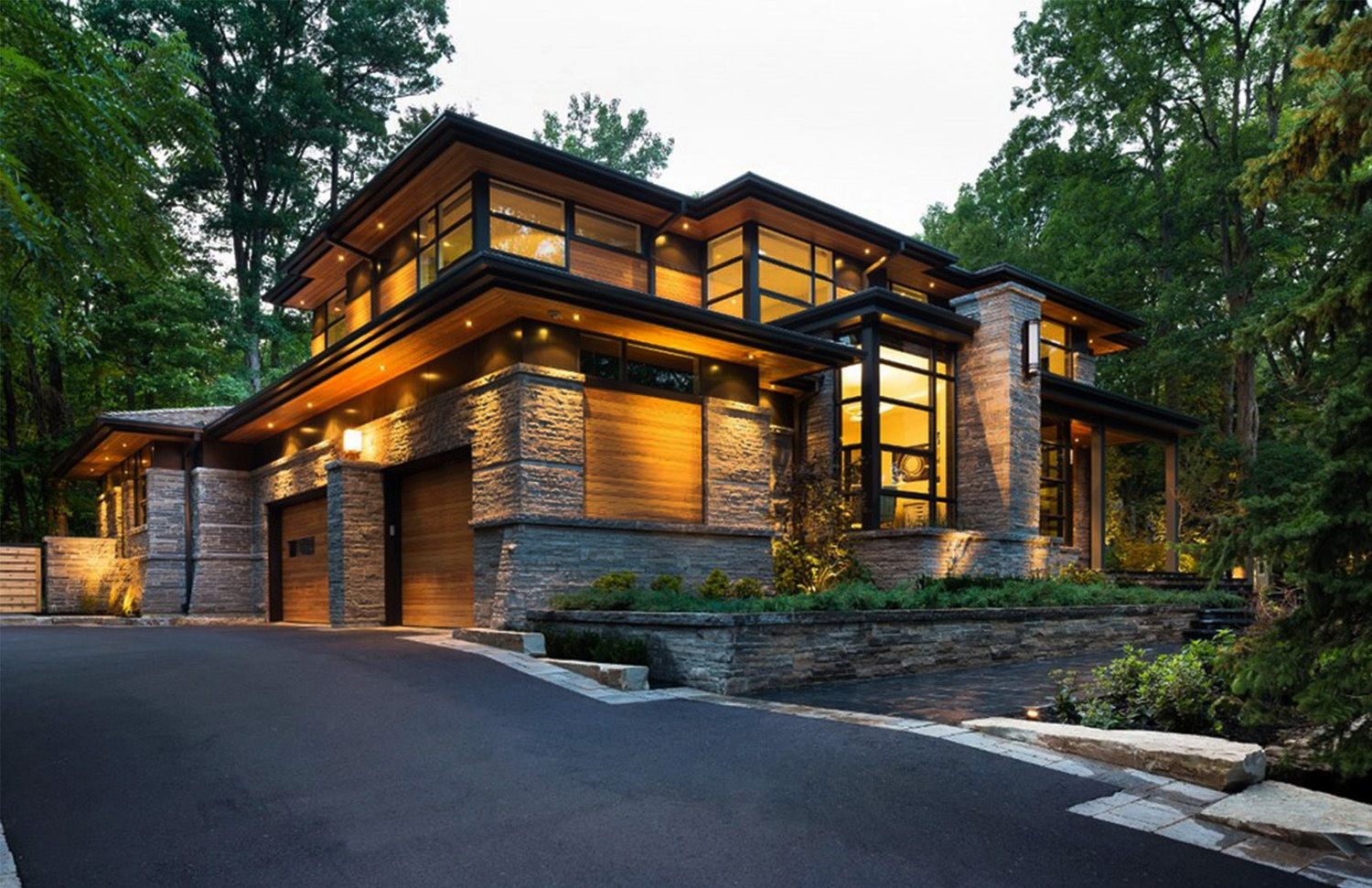 David small designs luxury homes profile ivan real estate for Contemporary home builders