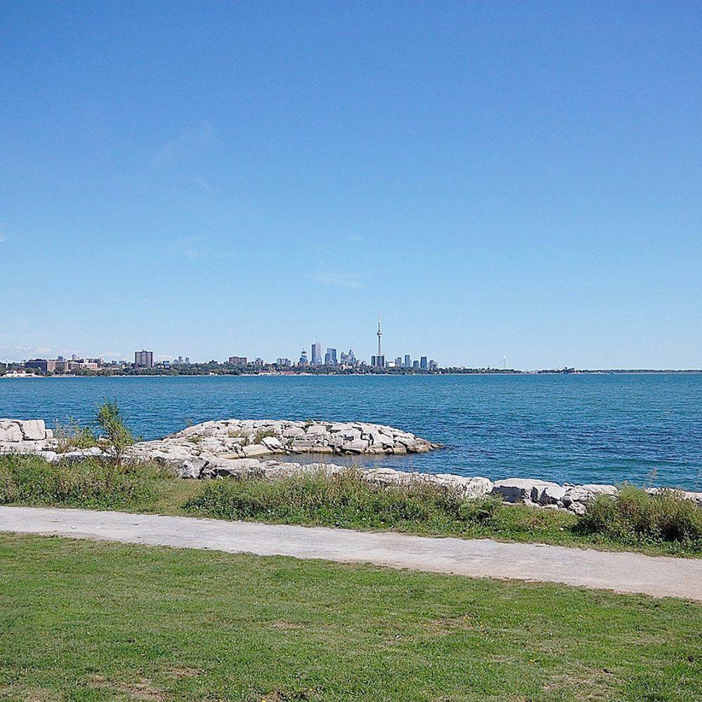 59-annie-craig-dr-toronto-ocean-club-waterfront-condos-etobicoke-condos-humber-bay-condos-lakeshore-parklawn-condos-rooftop-