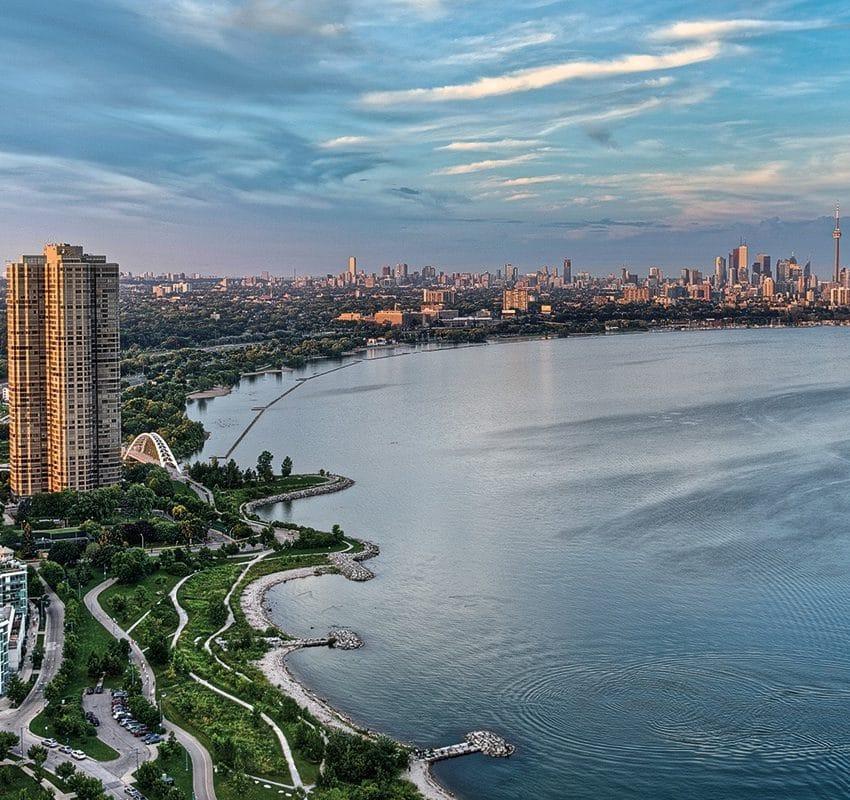 Top-5-Waterfront-Condos-in-Mimico