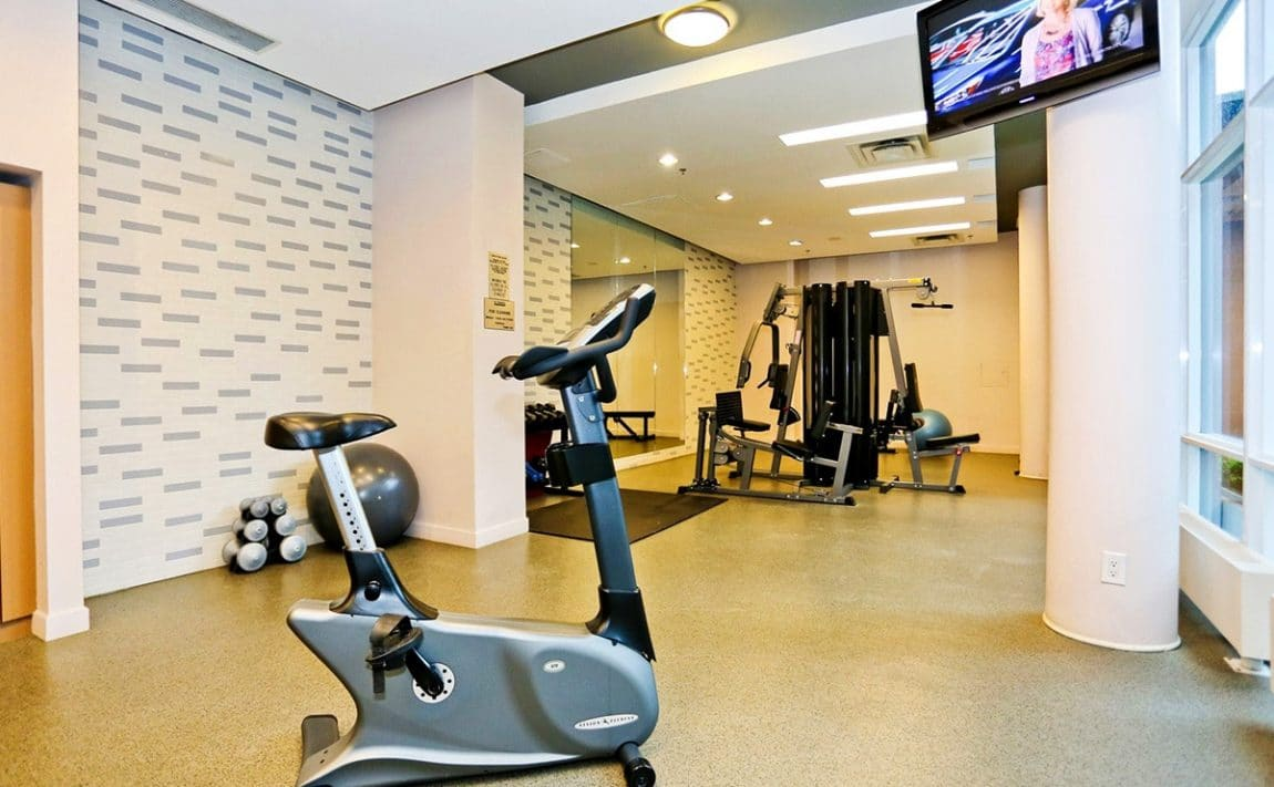 1-hurontario-st-mississauga-north-shore-condo-port-credit-condos-gym-fitness-cardio