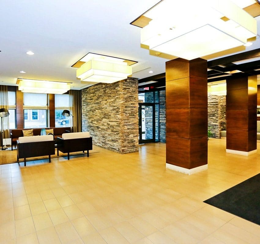 1-hurontario-st-mississauga-north-shore-condo-port-credit-condos-lobby-entrance