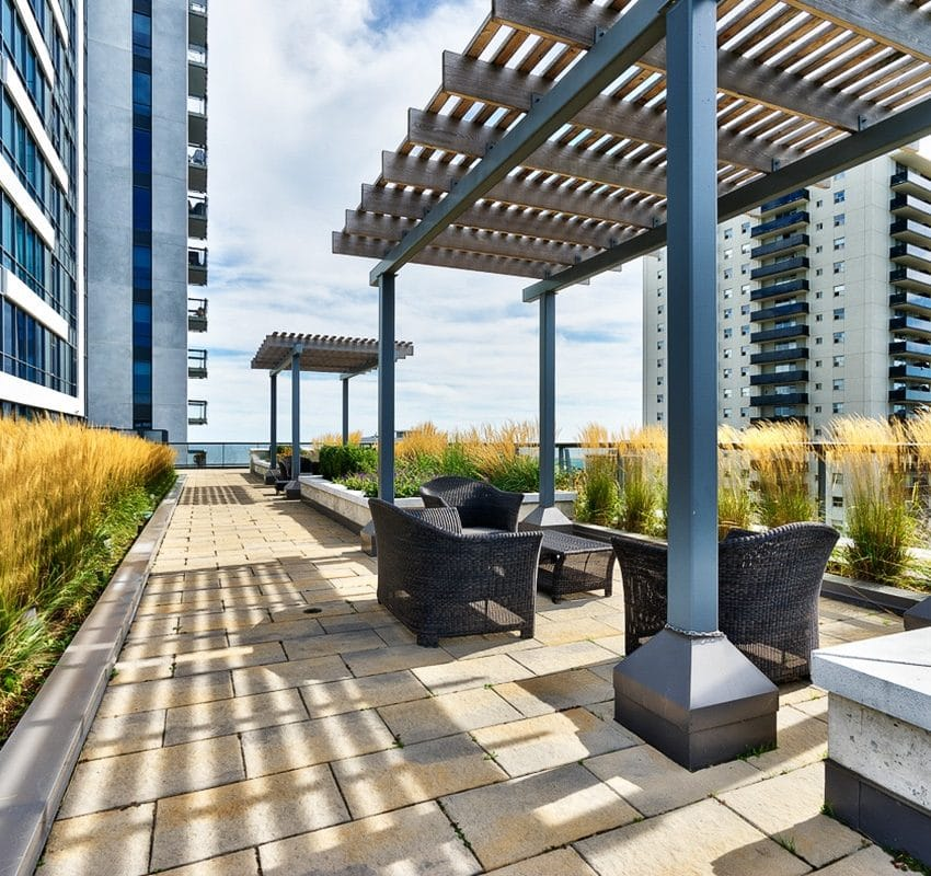 1-hurontario-st-mississauga-north-shore-condo-port-credit-condos-terrace