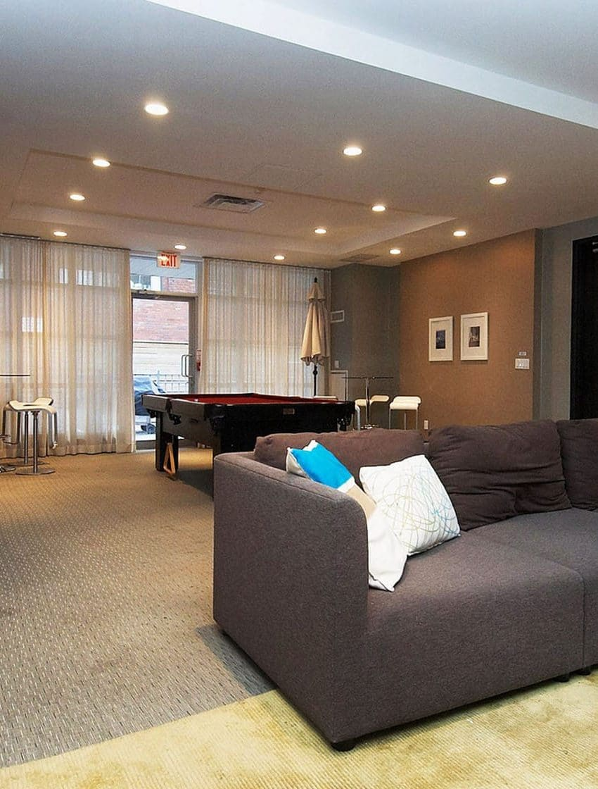 19-brant-st-toronto-23-brant-st-toronto-quad-lofts-king-west-party-room