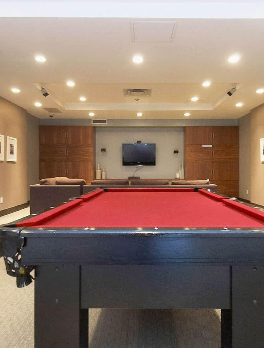19-brant-st-toronto-23-brant-st-toronto-quad-lofts-king-west-pool-table