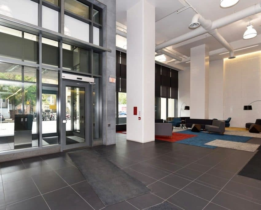 21-widmer-st-toronto-cinema-tower-condos-king-west-condos-toronto-condos-lobby-foyer-reception-visitor-lounge-1024x683