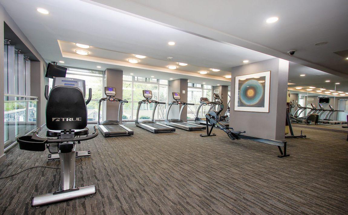223-webb-dr-mississauga-onyx-condos-amenities-cardio