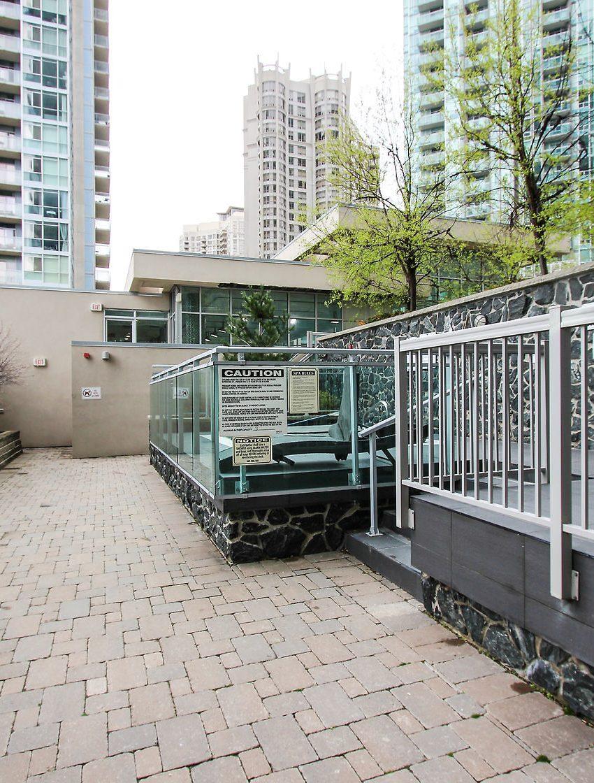 223-webb-dr-mississauga-onyx-condos-for-sale-amenities