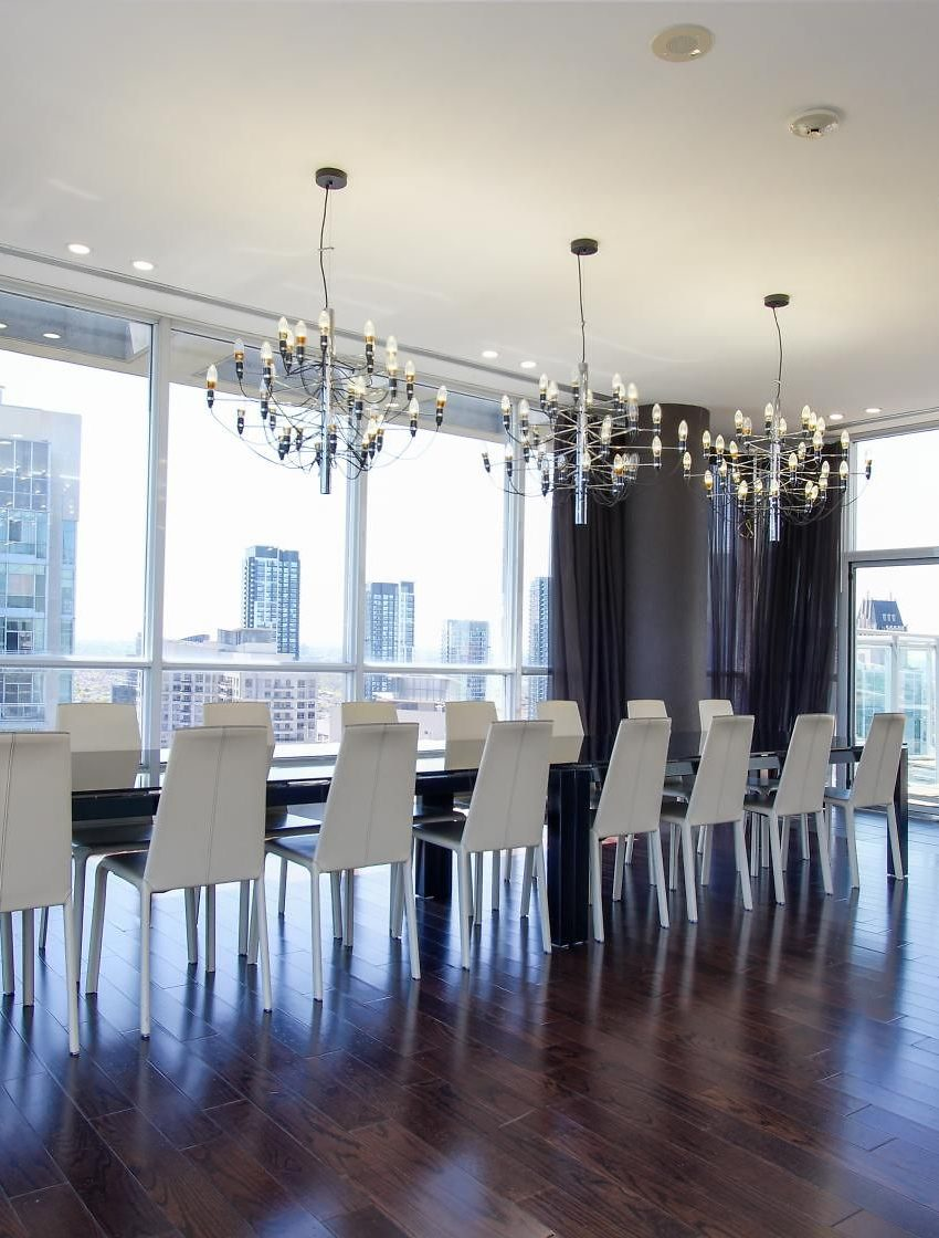 223-webb-dr-mississauga-onyx-condos-for-sale-board-room