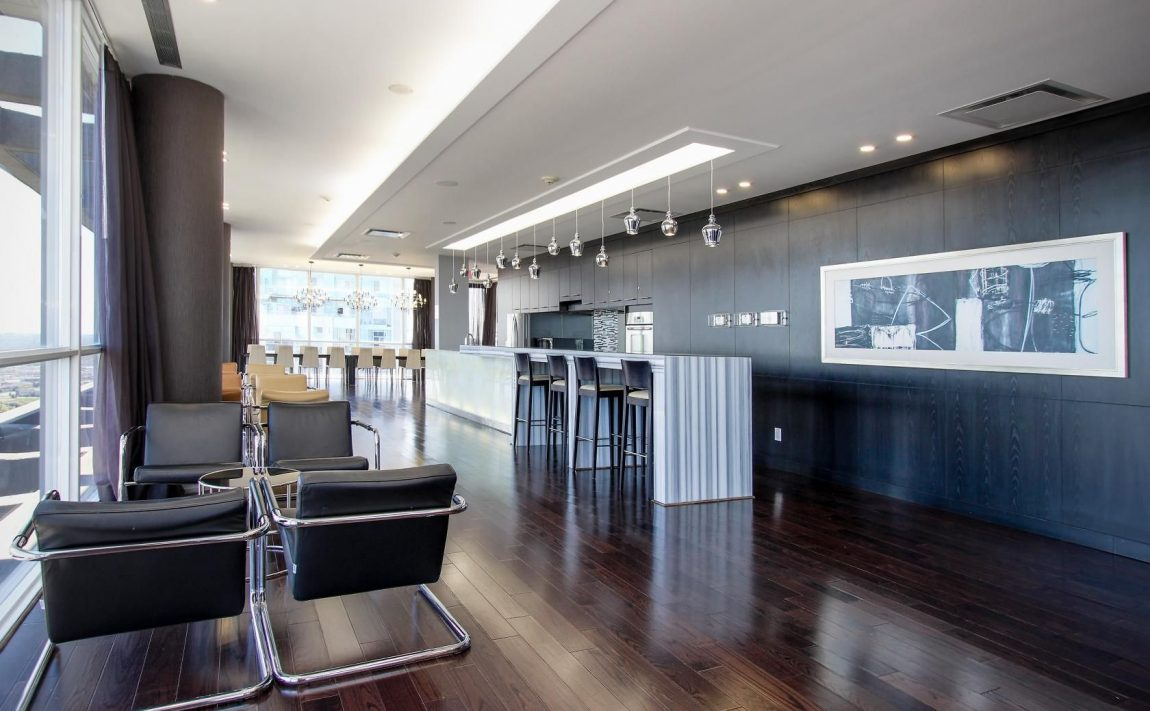 223-webb-dr-mississauga-onyx-condos-for-sale-party-room