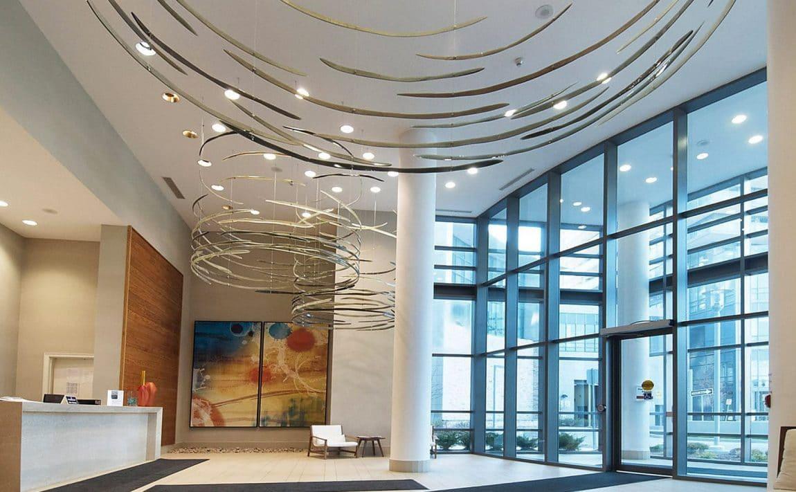 2230-lakeshore-blv-toronto-beyond-the-sea-north-tower-condos-etobicoke-condos-parklawn-condos-front-entrance-foyer-reception-concierge