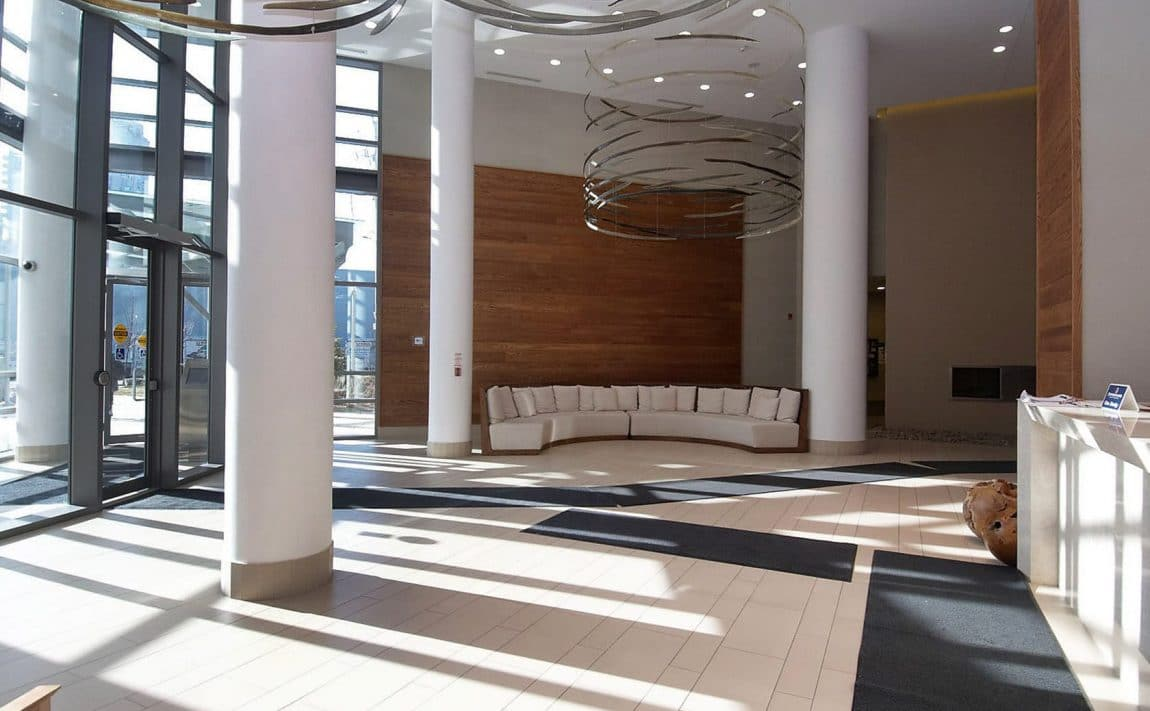 2230-lakeshore-blvd-w-toronto-beyond-the-sea-north-tower-condos-etobicoke-condos-foyer-lobby
