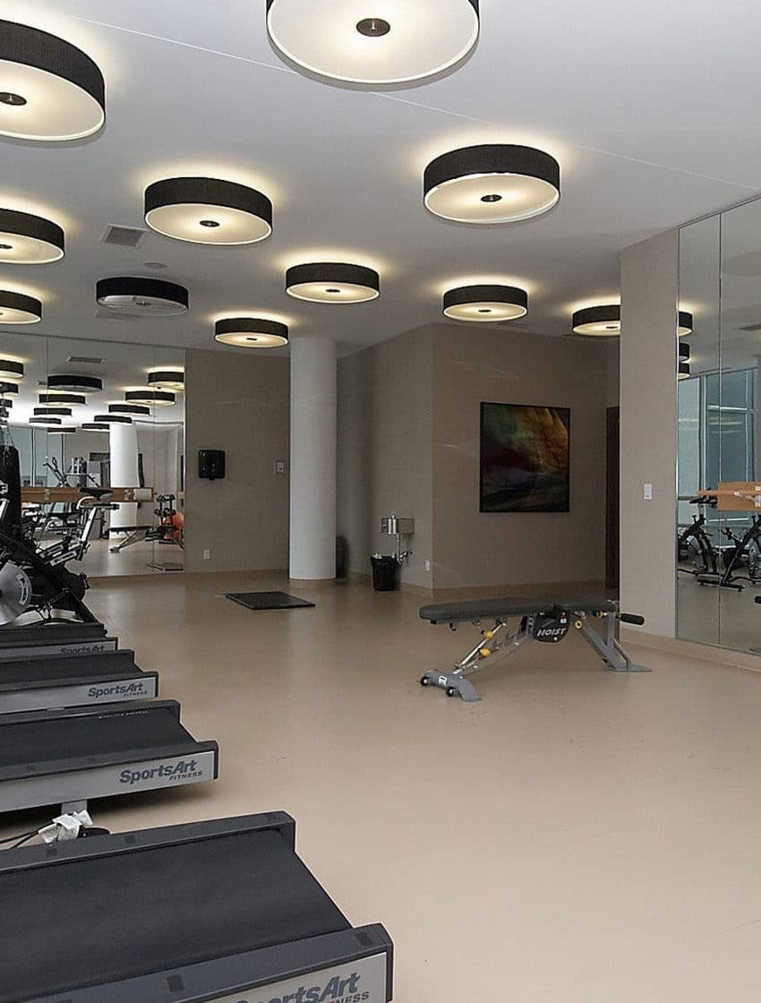 2230-lakeshore-blvd-w-toronto-beyond-the-sea-north-tower-condos-etobicoke-condos-parklawn-condos-gym-cardio-fitness
