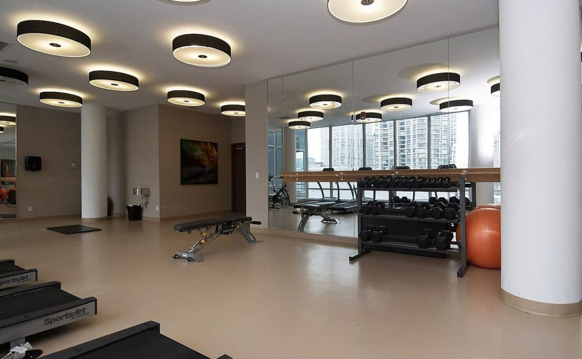 2230-lakeshore-blvd-w-toronto-beyond-the-sea-north-tower-condos-etobicoke-condos-parklawn-condos-gym-cardio-fitness-health
