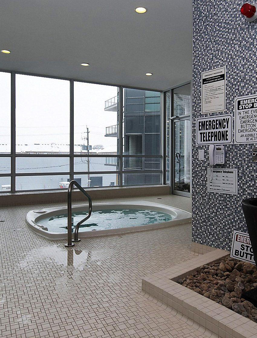 2230-lakeshore-blvd-w-toronto-beyond-the-sea-north-tower-condos-etobicoke-condos-parklawn-condos-pool-indoor-swimming-hot-tub-jacuzzi
