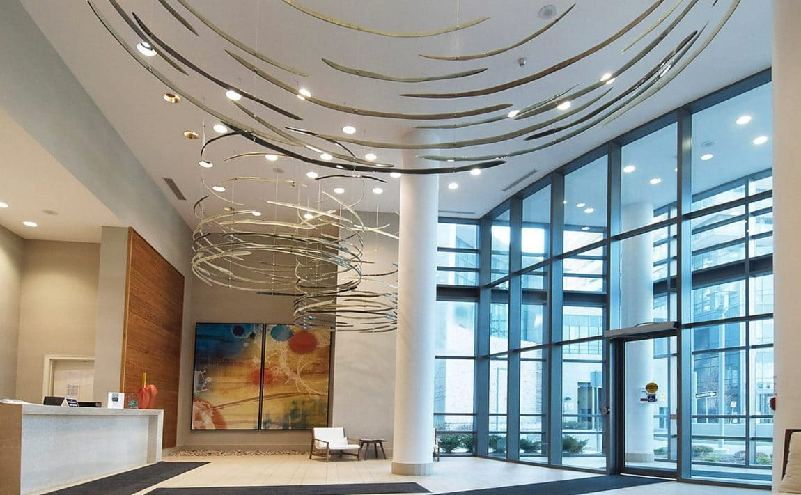 2240-lakeshore-blv-toronto-beyond-the-sea-north-tower-condos-etobicoke-condos-parklawn-condos-front-entrance-foyer-reception-concierge