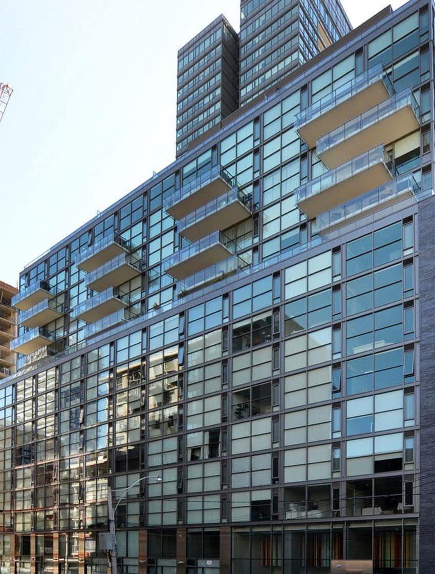 25-oxley-st-toronto-glas-condos-king-west-condos-king-west-lofts-toronto-condos-toronto-lofts