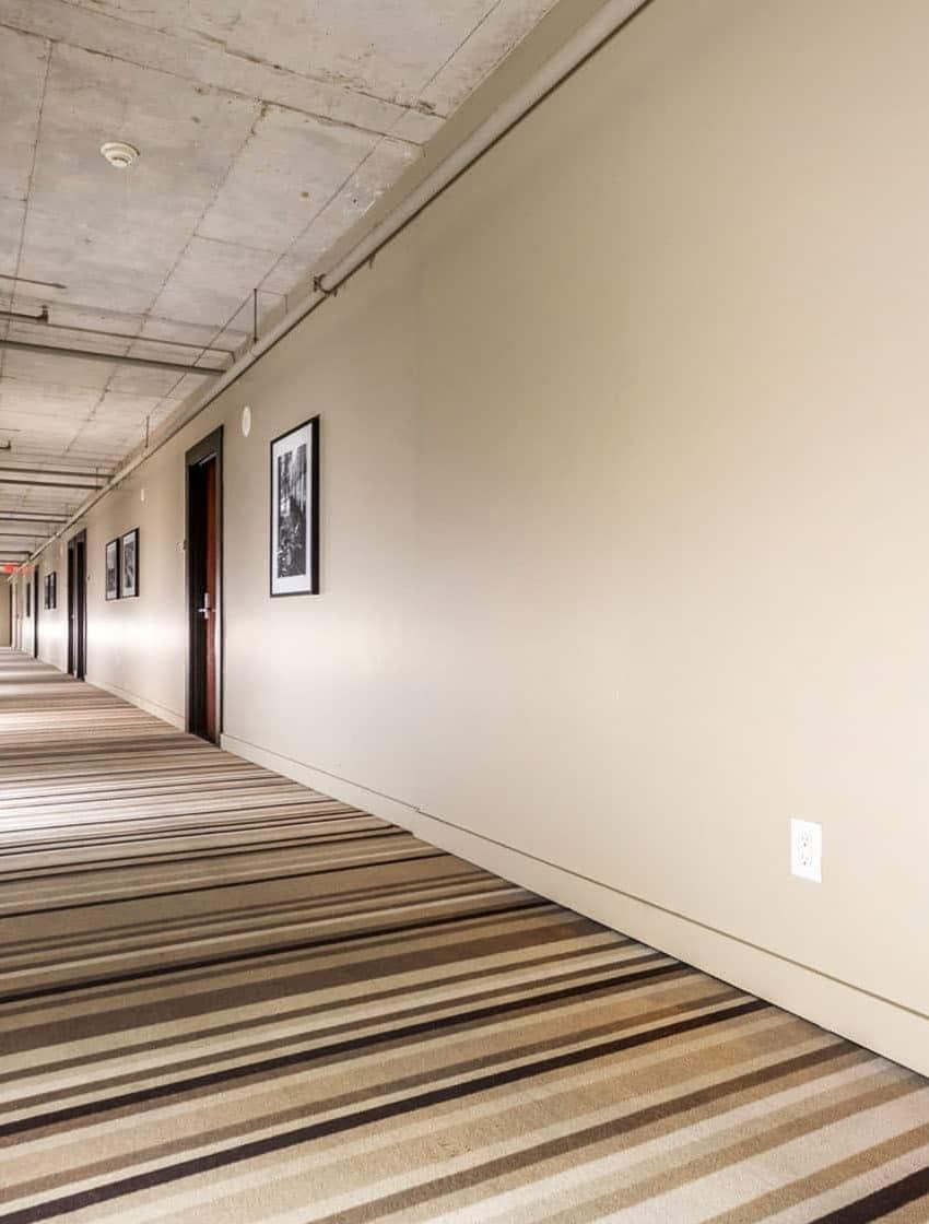 25-oxley-st-toronto-glas-condos-king-west-condos-king-west-lofts-toronto-condos-toronto-lofts-hallway
