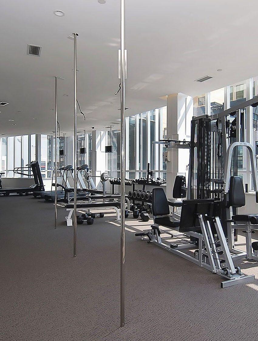 250-wellington-st-w-270-wellington-st-w-toronto-icon-condos-icon-i-condo-icon-ii-condo-gym-health-fitness