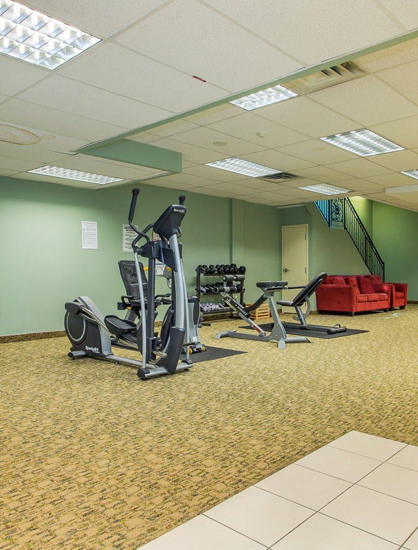 263-wellington-st-w-toronto-263-wellington-west-condos-toronto-condos-king-west-condos-gym-cardio-fitness-health-yoga