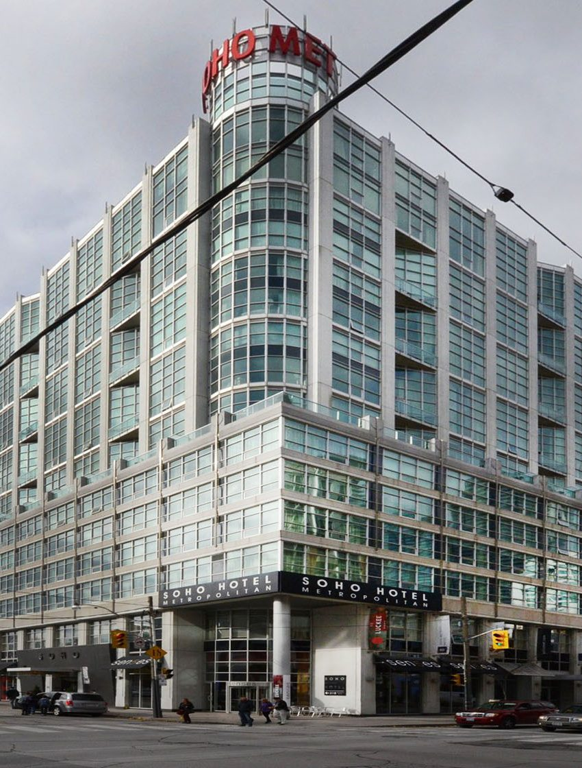 36-blue-jays-way-toronto-soho-metropolitan-condos-lofts-king-west-condos-king-west-lofts-toronto-lofts-toronto-condos