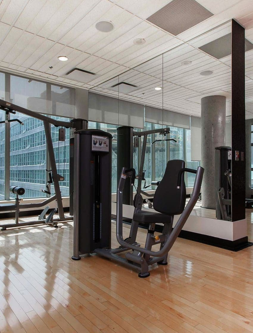 375-king-st-w-m5v-condos-toronto-condos-king-west-condos-gym-health-fitness-cardio-strength-training