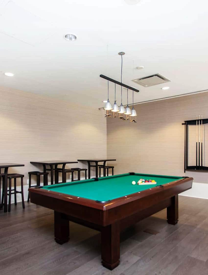 375-king-st-w-m5v-condos-toronto-condos-king-west-condos-party-room-games-room-billiards