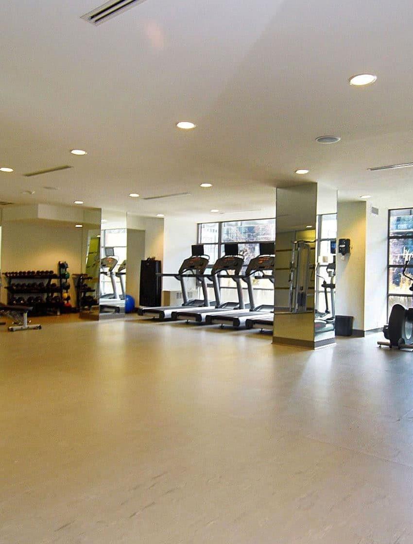 399-adelaide-st-w-toronto-lofts-399-king-west-lofts-toronto-lofts-king-west-condos-gym-health-fitness-weights-cardio