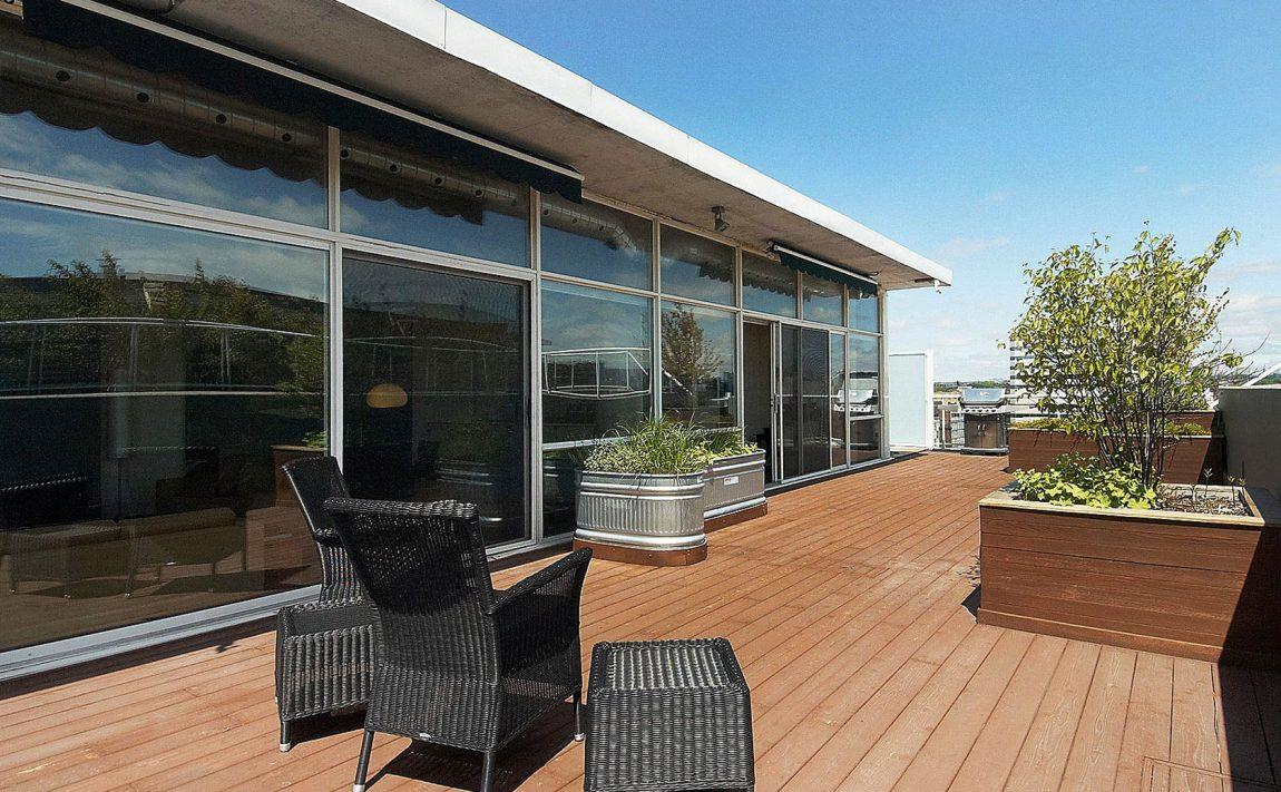 55-stewart-st-toronto-552-wellington-st-w-toronto-thompson-residences-king-west-condos-rooftop-deck-rooftop-terrace