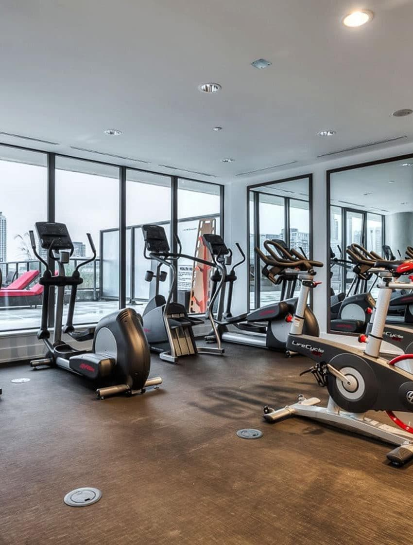 560-king-st-w-toronto-fashion-house-condos-461-adelaide-st-w-toronto-gym