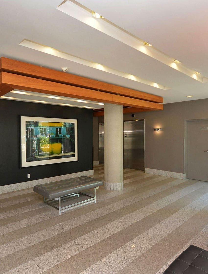 66-portland-st-toronto-66-portland-condos-king-west-condos-king-west-lofts-toronto-condos-front-entrance-lobby-reception
