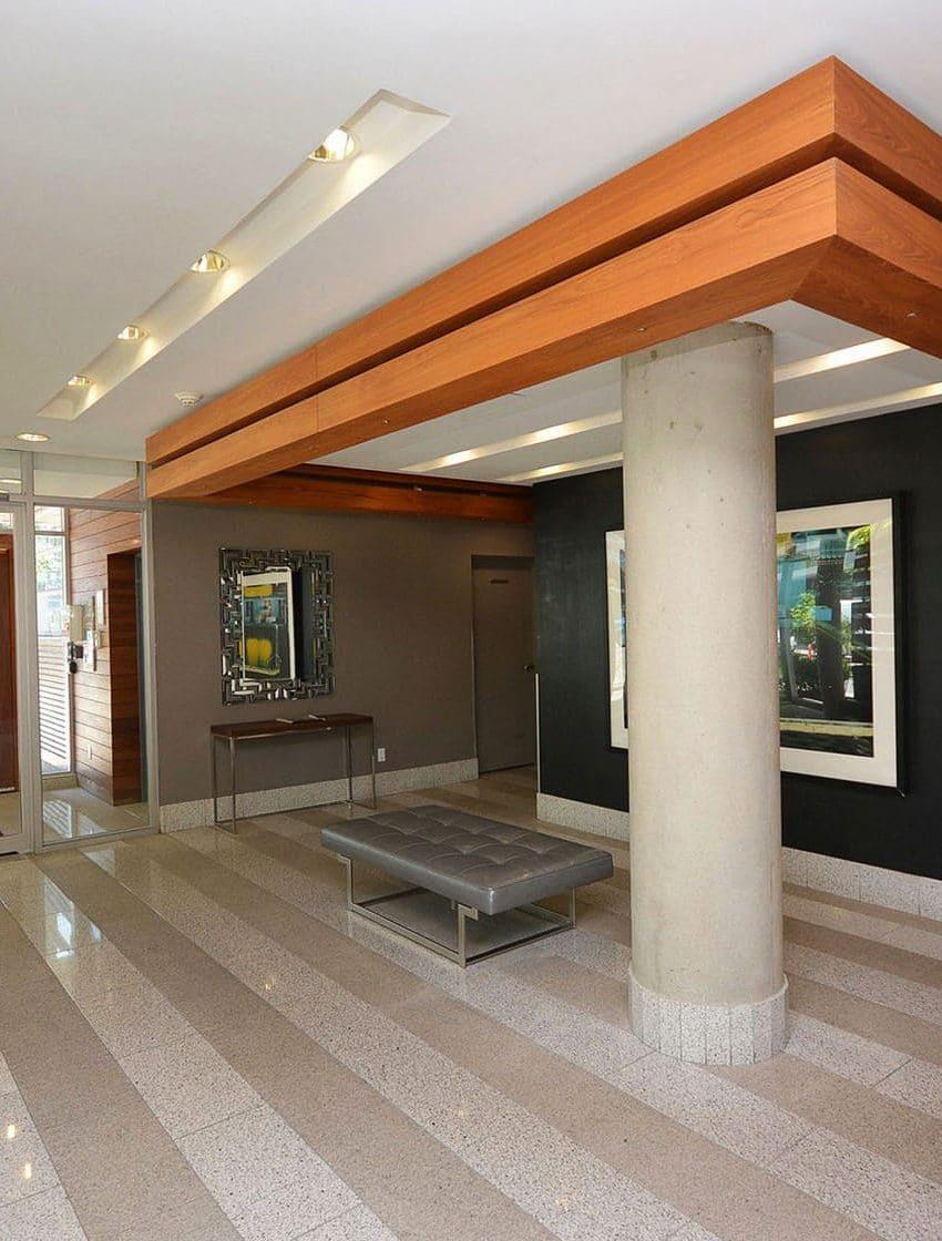 66-portland-st-toronto-66-portland-condos-king-west-condos-king-west-lofts-toronto-condos-front-entrance-lobby-reception-foyer