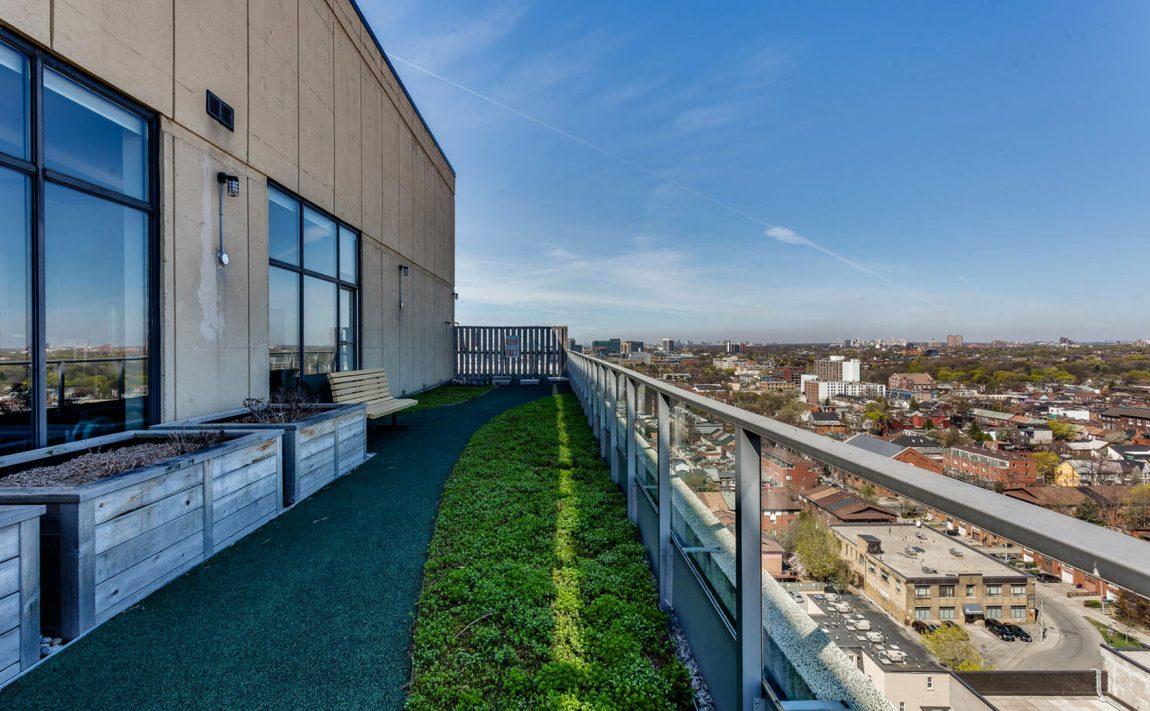700-king-st-w-toronto-westside-lofts-toronto-condos-king-west-condos-king-west-lofts-toronto-lofts-rooftop-gardens