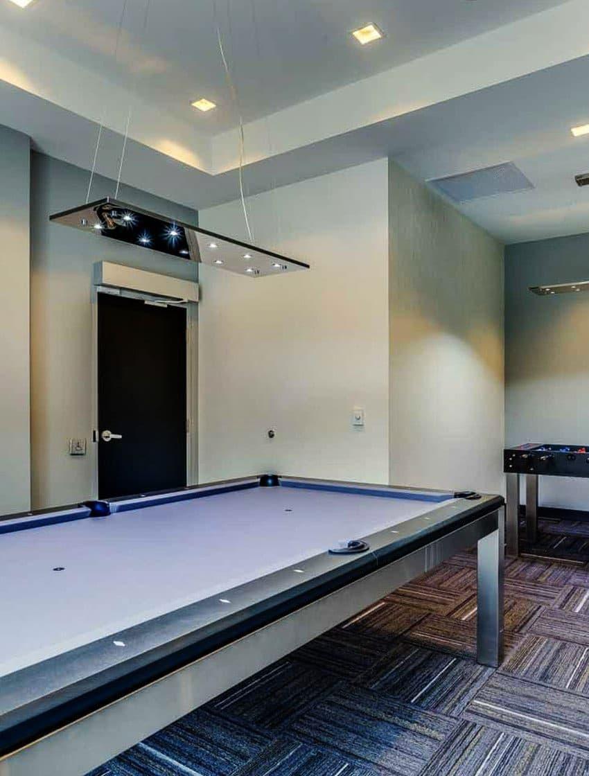 775-king-st-w-toronto-minto-775-condos-king-west-condos-king-west-lofts-toronto-condos-games-room-billiards