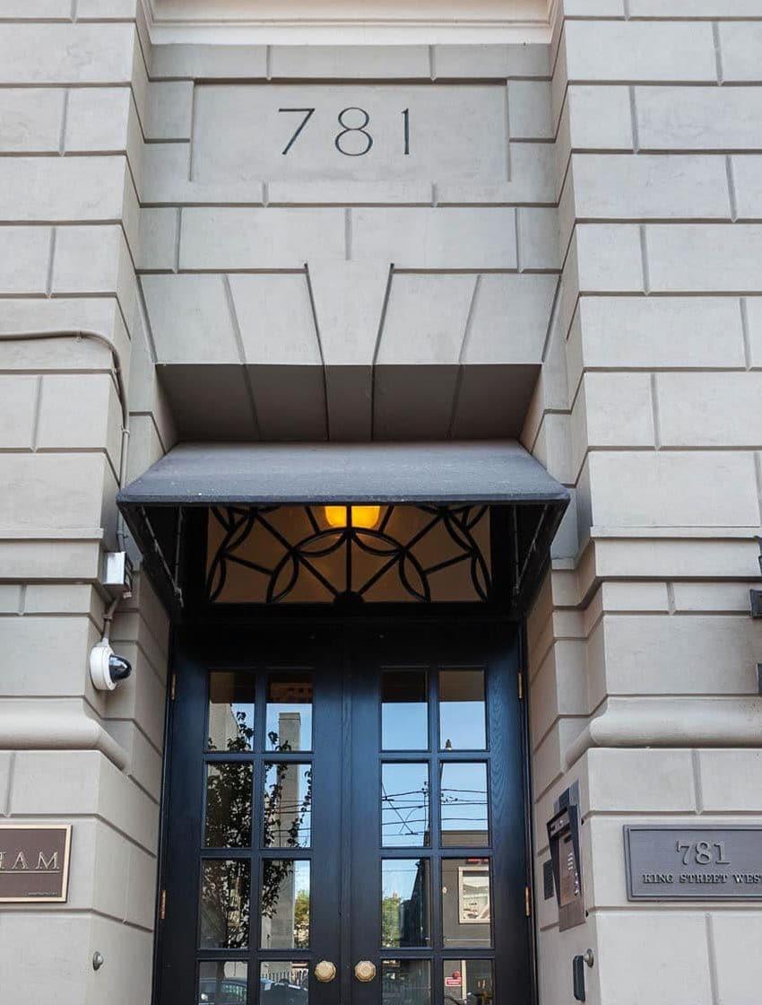 781-king-st-w-toronto-gotham-lofts-toronto-king-west-lofts-king-west-condos-toronto-lofts-toronto-condos-entrance-door