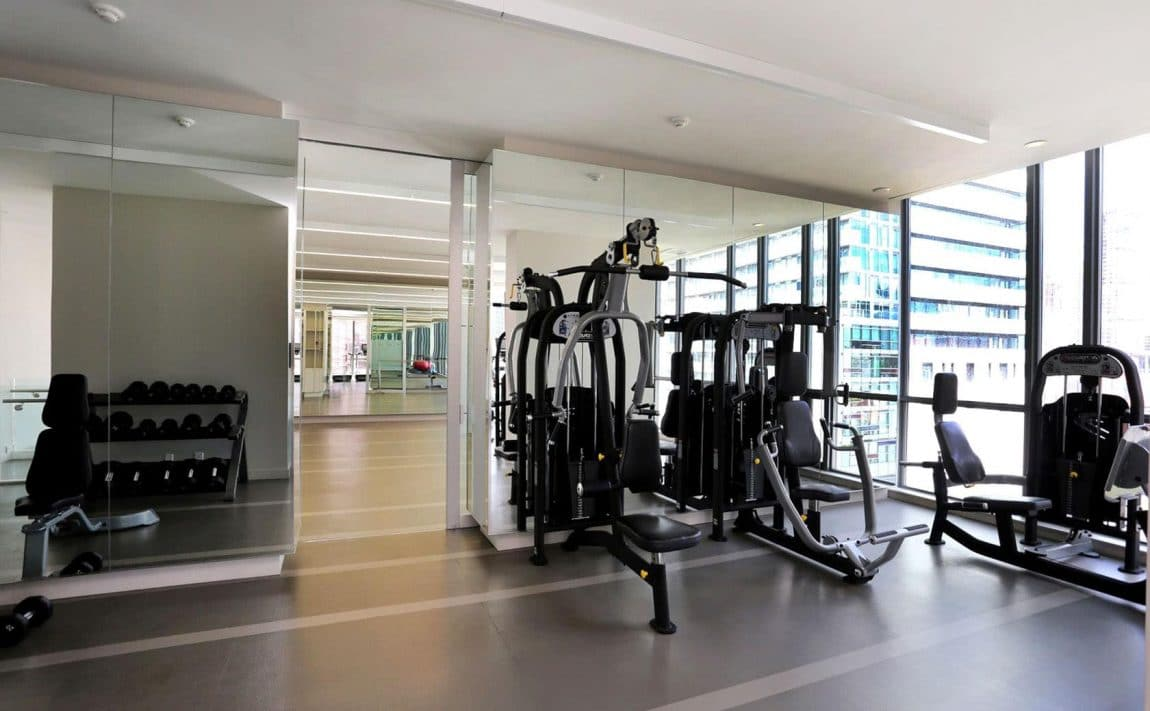 8-charlotte-st-toronto-charlie-condos-great-gulf-king-west-condos-toronto-condos-cardio-gym-excercise-room-fitness-strength-training