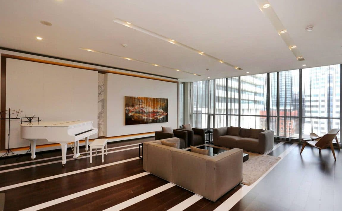 8-charlotte-st-toronto-charlie-condos-great-gulf-king-west-condos-toronto-condos-party-room-lounge-entertainment-room-piano-room
