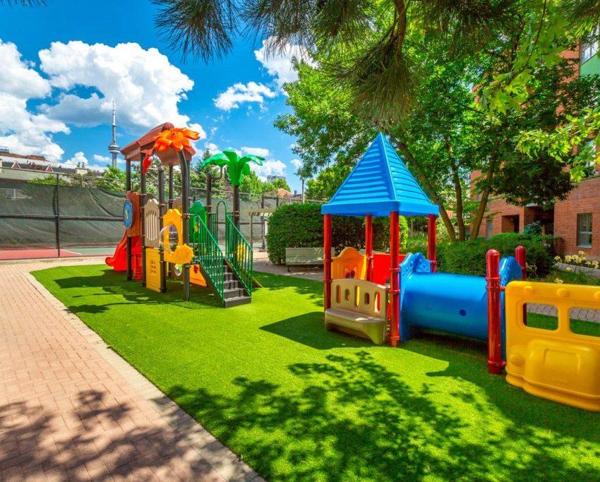 801-king-st-w-toronto-citysphere-condos-toronto-king-west-condos-children-playground-1024x683