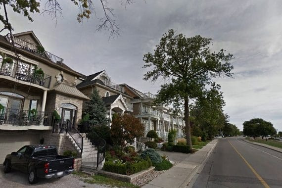 bronte-village-oakville-homes-south-west-oakville-luxury-real-estate