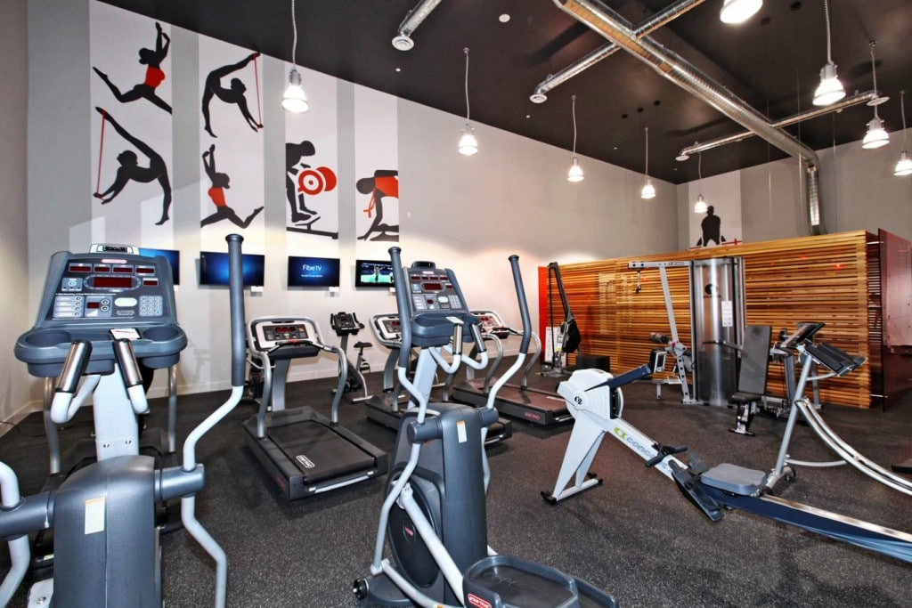 dna-3-condo-1030-king-st-w-condos-king-west-condos-toronto-condos-gym-cardio-fitness-1024x683