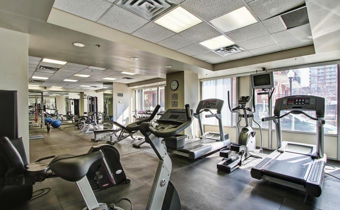 electra-lofts-condos-1029-king-st-w-toronto-condos-king-west-condos-gym-fitness-cardio-room