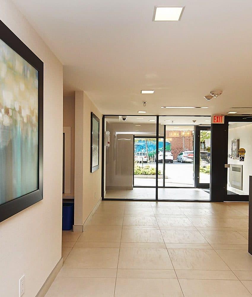eleven-superior-condos-11-superior-ave-toronto-etobicoke-condos-mimico-condos-toronto-condos-entrance-reception-foyer