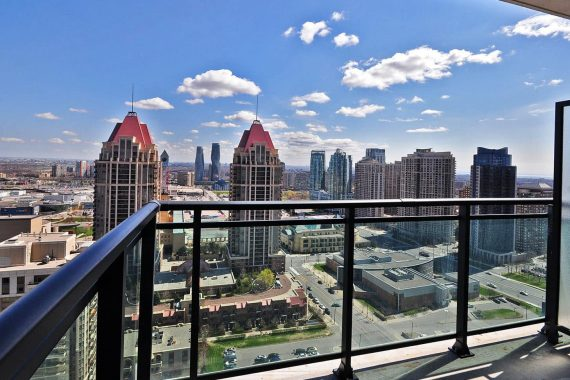 grand-residences-condo-4070-confederation-pkwy-parkside-village-mississauga-balcony-skyline-views
