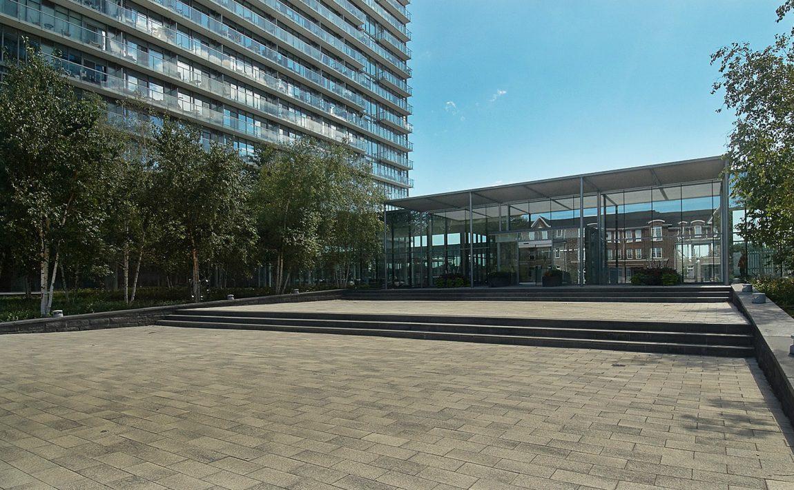 103-the-queensway-nxt-condos-toronto-etobicoke-condos-mimico-condos-entrance-front-area
