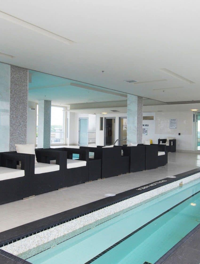 16-brookers-lane-nautilus-at-waterview-condo-etobicoke-condos-park-lawn-condos-humber-bay-condos-indoor-swimming-pool-lap-pool