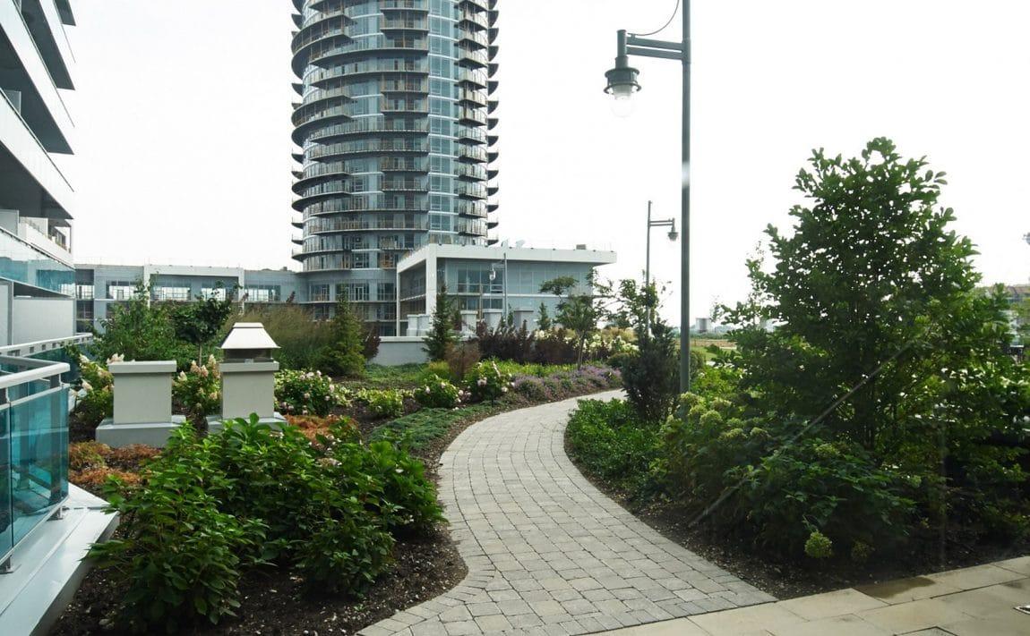 16-brookers-lane-nautilus-at-waterview-condo-etobicoke-condos-park-lawn-condos-humber-bay-condos-outdoor-terrace