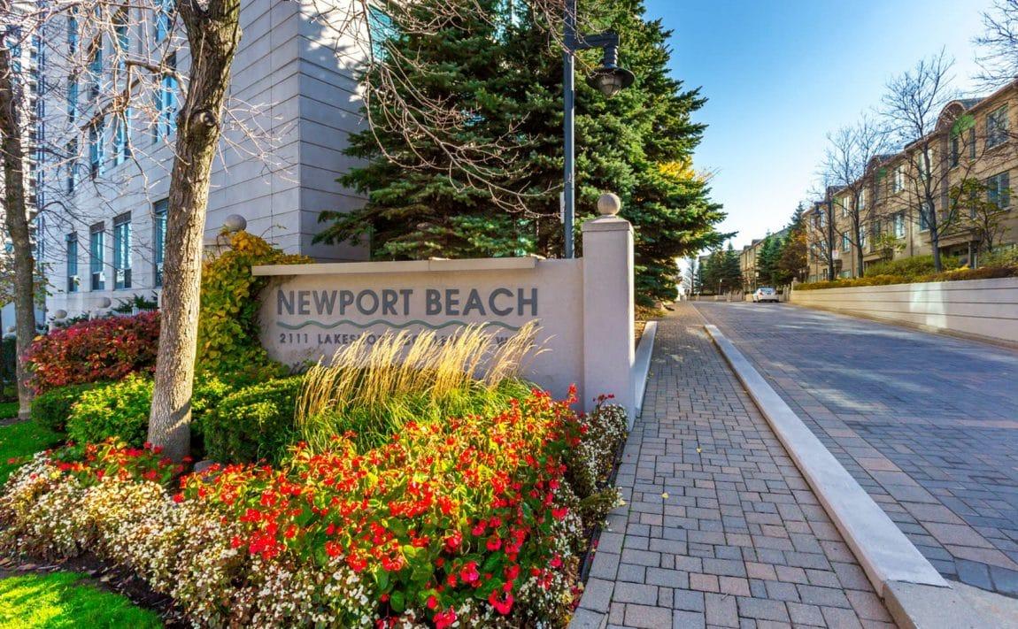 2111-lakeshore-blvd-w-toronto-newport-beach-condos-etobicoke-condos-humber-bay-condos-lakeshore-parklawn-condos-en (1)