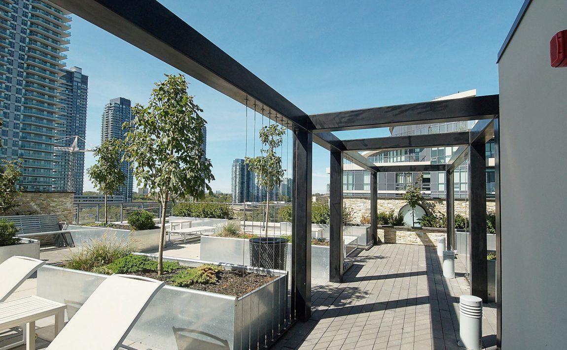 59-annie-craig-dr-toronto-ocean-club-waterfront-condos-etobicoke-condos-humber-bay-condos-lakeshore-parklawn-condos-rooftop-terrace