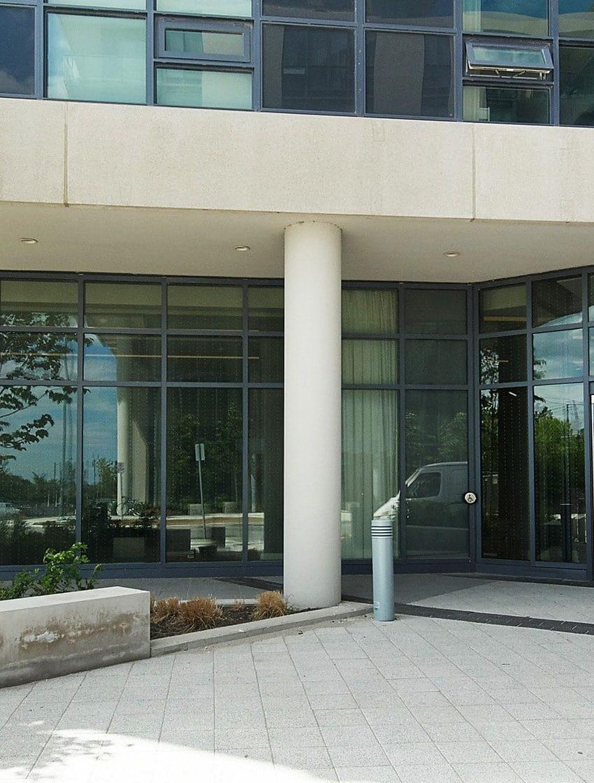 60-annie-craig-dr-toronto-ocean-club-waterfront-condos-tower-ii-etobicoke-condos-humber-bay-condos-entrance-door