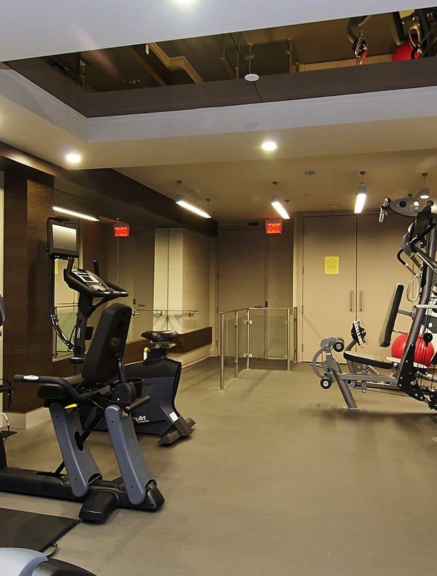 60-annie-craig-dr-toronto-ocean-club-waterfront-condos-tower-ii-etobicoke-condos-humber-bay-condos-gym-fitness-health-cardio