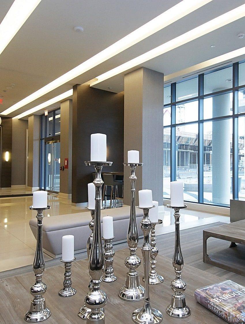 60-annie-craig-dr-toronto-ocean-club-waterfront-condos-tower-ii-etobicoke-condos-humber-bay-condos-lakeshore-parklawn-condos-foyer-reception-concierge-lobby-waiting-room-sitting-room